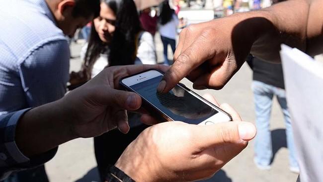 Los problemas continúan, el INE investigará si alguien filtró datos personales de los electores a los aspirantes independientes