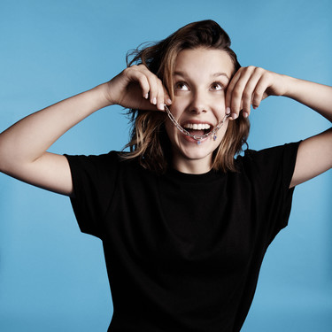 Ha sido ver la nueva colección Pandora Me con Millie Bobby Brown y querer ponerle charms a todo: pendientes, anillos, broches, colgantes y pulseras