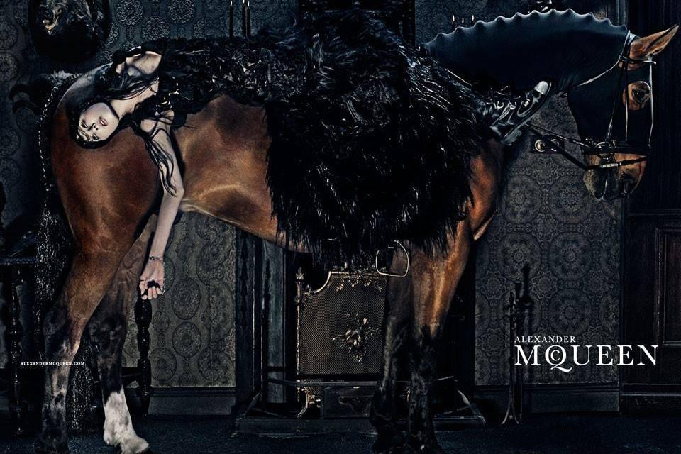 Alexander McQueen campaña Otoño-Invierno 2014/2015