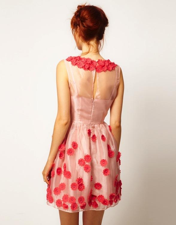 Foto de Asos Salón: empacho de vestidos pretty (11/25)