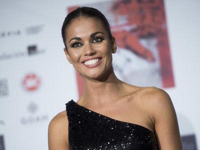 Lara Álvarez y su look de invitada perfecta