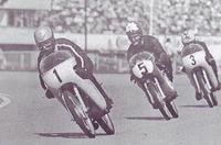 Competiciones con motos deportivas