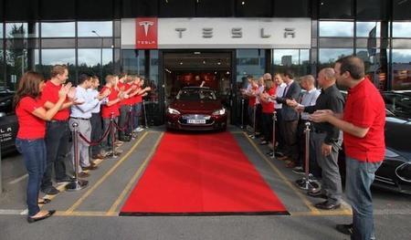 Entregado el primer Tesla Model S europeo en Noruega