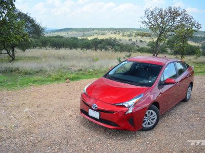 Probamos el Toyota Prius... rayos, nos gustó ese Toyota