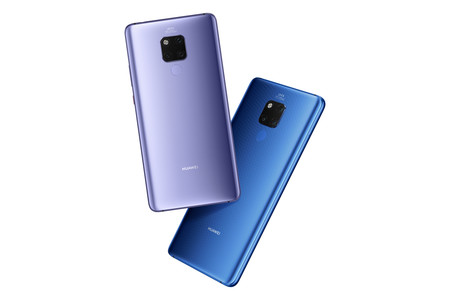 Huawei Mate20 X Comfortable To Hold Phone