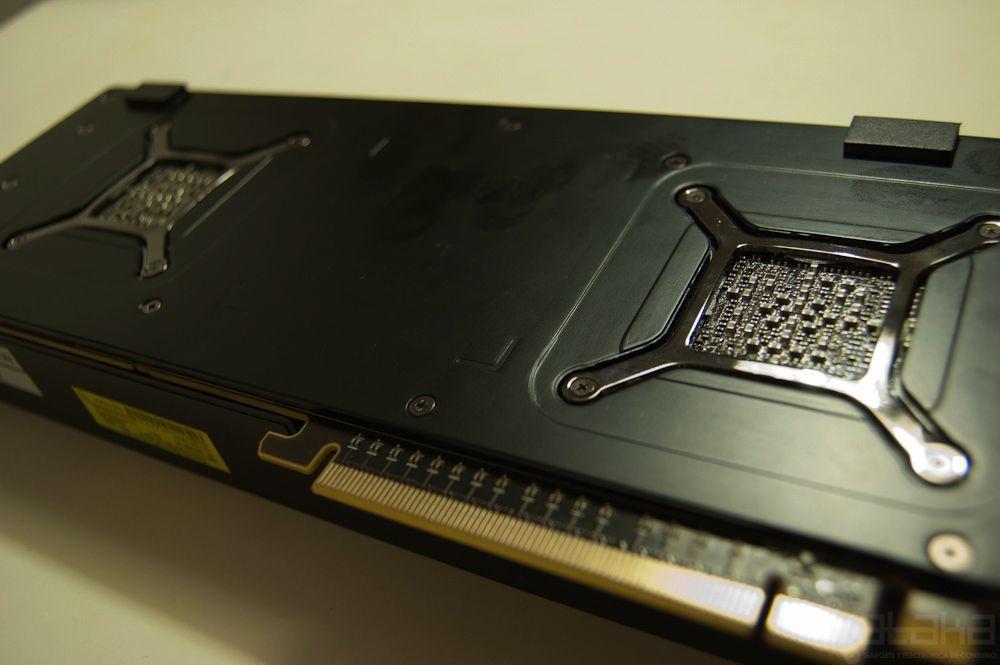 AMD 6990, análisis