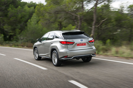 Lexus RX450h 2020 trasera lateral