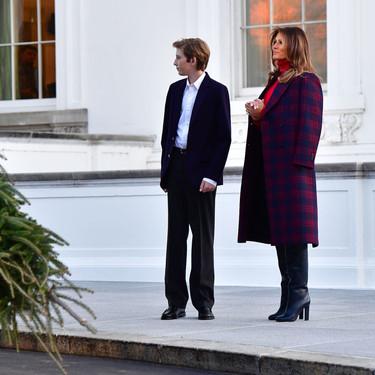 Este invierno vas a querer inspirarte en el último outfit de Melania Trump (de manera literal)
