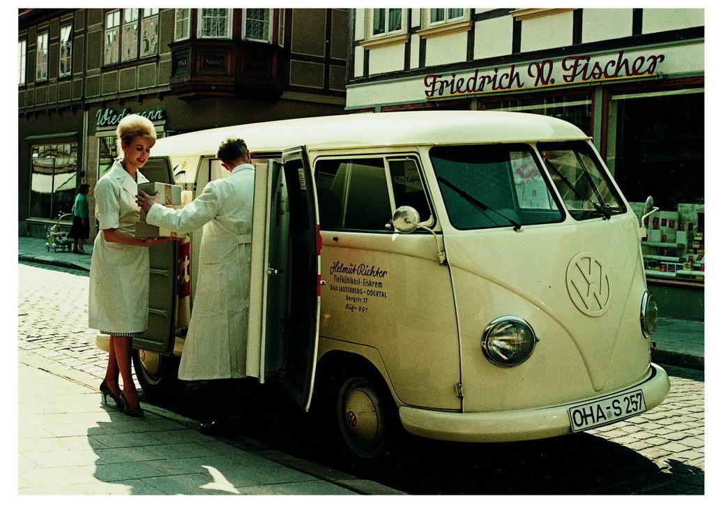 Foto de 60 años del Volkswagen Bully (28/34)
