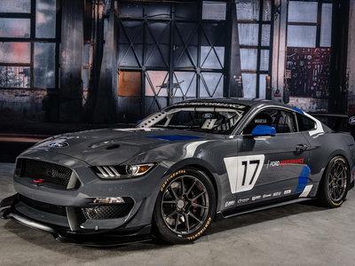 Babearás todo el suelo del SEMA (o de tu casa) al ver el nuevo Ford Mustang GT4