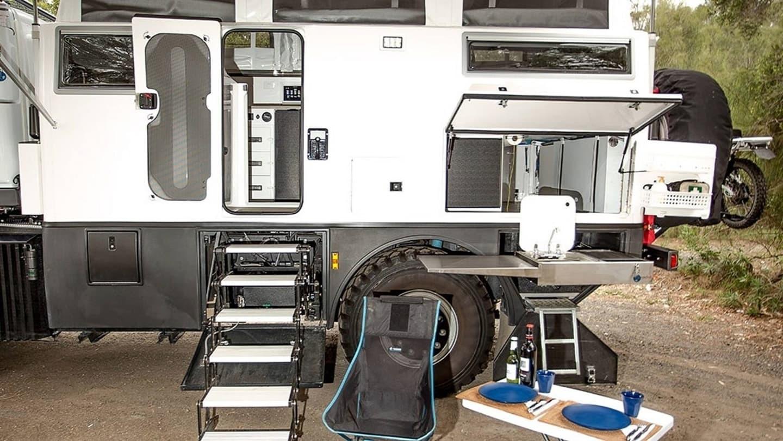 Foto de EarthCruiser Australia Unimog Explorer XPR440 (6/18)