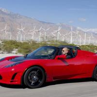 Tesla regresará a sus orígenes con un Roadster renovado para 2019