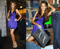 Isabel Goulart de Armani Exchange