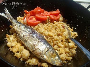 Migas de verano con sardinas. Receta