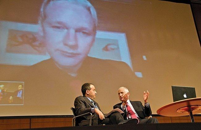 Ellsberg+Assange