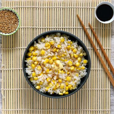 Arroz con maíz al estilo japonés: receta veraniega para aprovechar todo el sabor de las mazorcas frescas