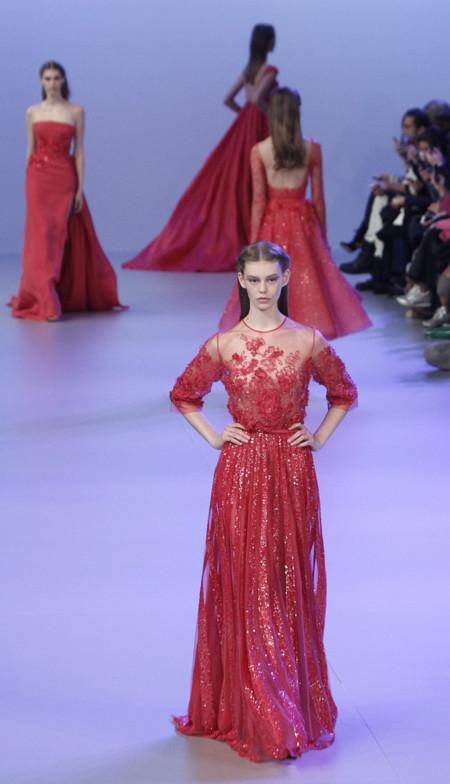 Creación  en rojo Elie Saab Primavera-Verano 2014