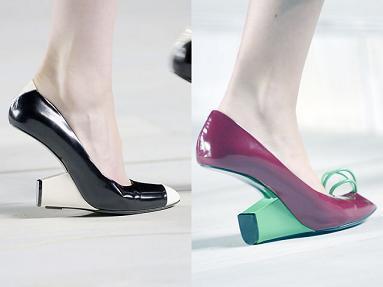 Sandalias con tacón invertido de Marc Jacobs