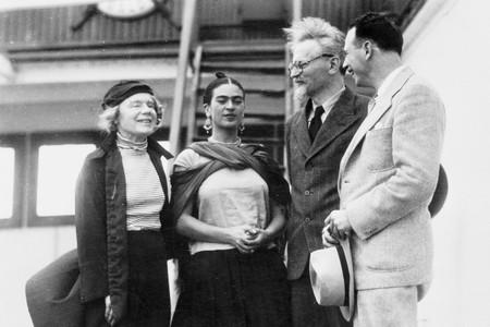 Kahlo Y Trotski