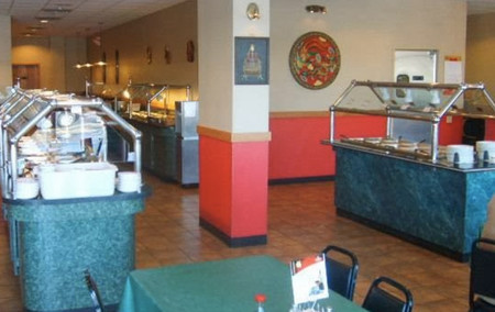 Un hombre se acaba el buffet libre de un restaurante chino [Inocentada]