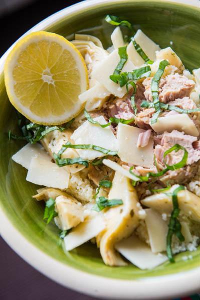 ensalada de cuscus, alcachofas, atun y parmesano 2
