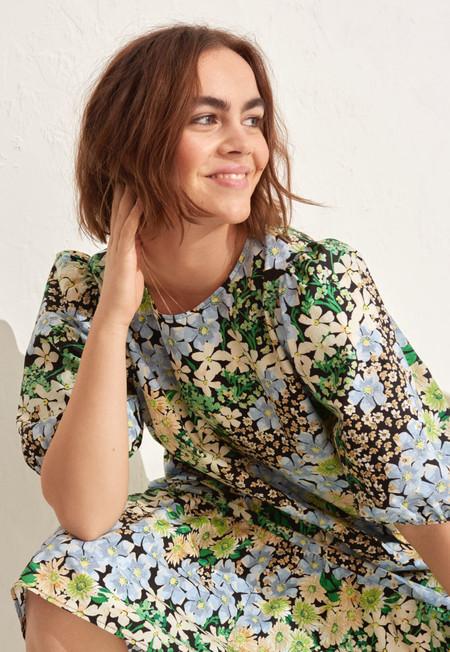 H&M renueva sus vestidos de primavera y son así de ideales