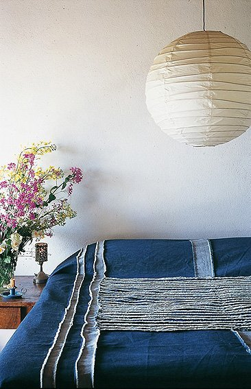 Una colcha de tela vaquera para ambientes informales