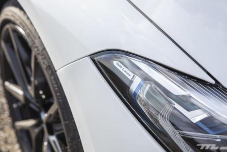BMW M850i Cabrio luces láser
