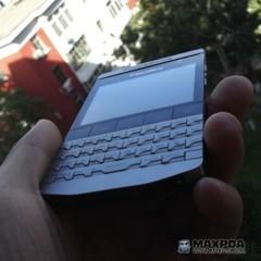 Foto 16 de 39 de la galería blackberry-bold-9980-knight-nueva-serie-limitada-de-blackberry-de-gama-alta en Xataka Móvil