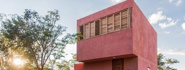 Descubre Casa de Monte, una mini casa muy funcional de estilo minimalista inspirado en la arquitectura mexicana