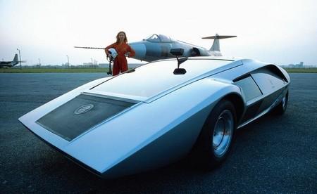 Así iba a ser el coche del futuro: Lancia Stratos Zero