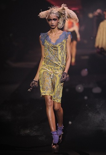 John Galliano, Primavera-Verano 2010 en la Semana de la Moda de París III