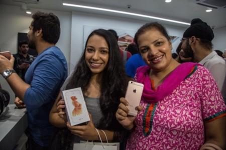 Iphone India 800x533