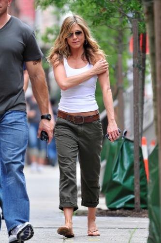 Los looks perfectos de Jennifer Aniston en The Bounty Hunter VI