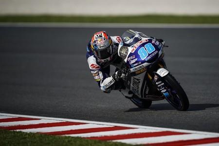 Jorge Martín se lleva la pole de Moto3 en Malasia pero Marco Bezzecchi amenaza a solo 32 milésimas