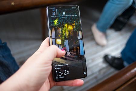 Redmi muestra un lector de huellas bajo la pantalla que funciona en paneles  LCD