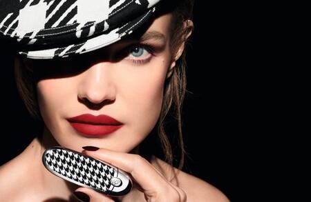La nueva colección de barras de labios acabado mate Rouge G Luxurious Velvet de Guerlain son todo un lujo para nuestro neceser de maquillaje