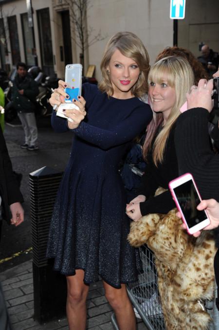 Taylor Swift es fiel a Oscar de la Renta (y a Asos) en sus looks