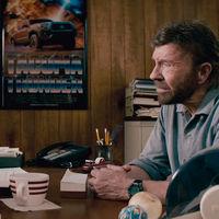 Parece una parodia, pero no lo es: así es el nuevo anuncio de Toyota protagonizado por Chuck Norris