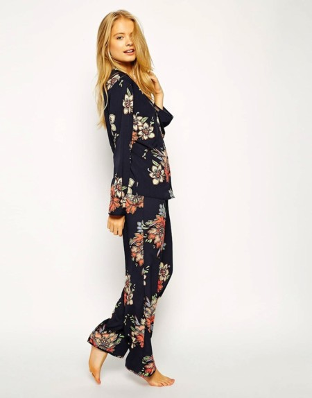 Pijama Flores Asos