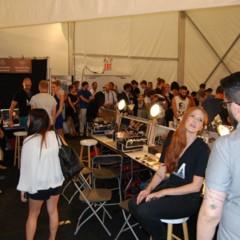Foto 6 de 27 de la galería el-backstage-de-custo-en-la-nyfw en Trendencias Belleza