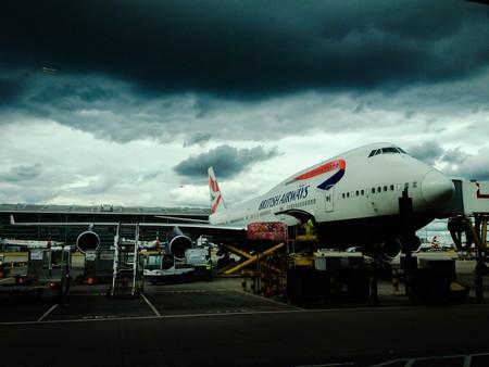 Así es cómo British Airways acaba de pulverizar el récord del vuelo transatlántico subsónico más rápido: a lomos de una tormenta