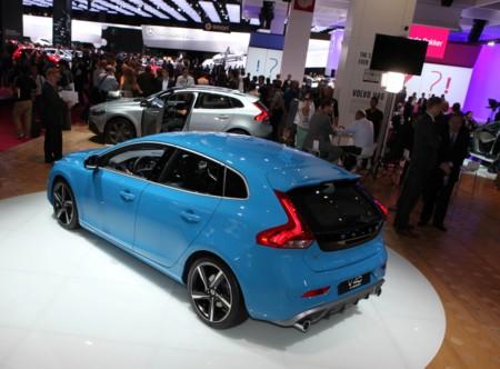 Si vas al Salón de París, no encontrarás a Ford, ni a Volvo, ni a Rolls-Royce, ni a Aston Martin