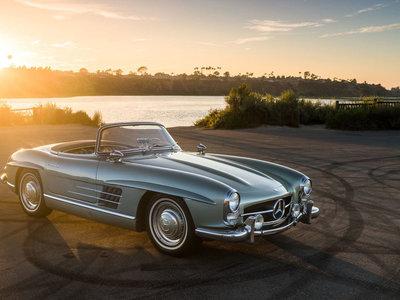 Los 9 coches más caros de la subasta de RM Sotheby's en Santa Monica, con un 300 SL Roadster a la cabeza