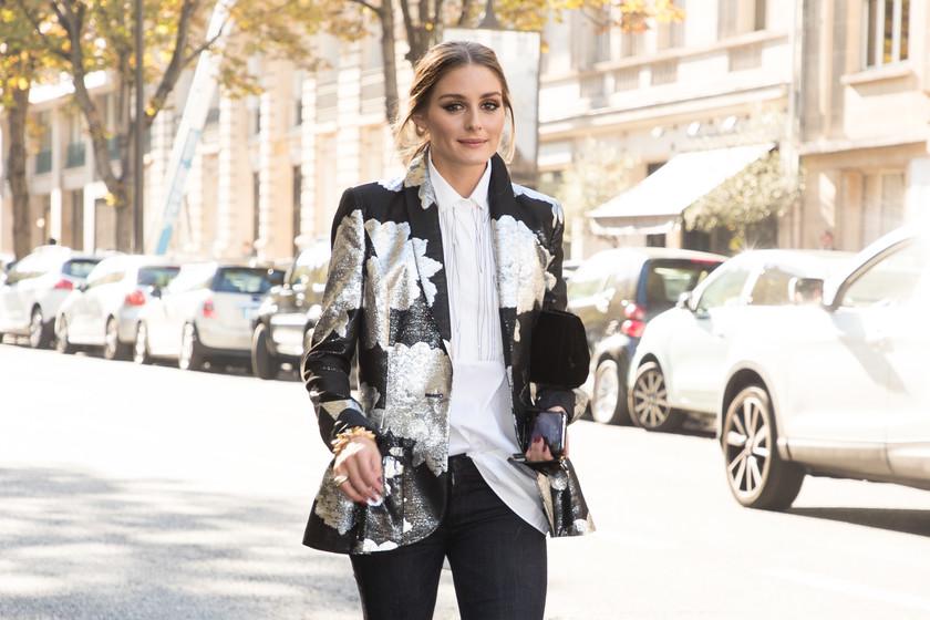 En vídeo  Los looks de las influencers en el street style de las Fashion  Weeks que serán tendencia este Otoño Invierno b4ba7bf35a6