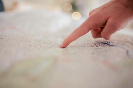 Person Pointing On White Textile 34753 1