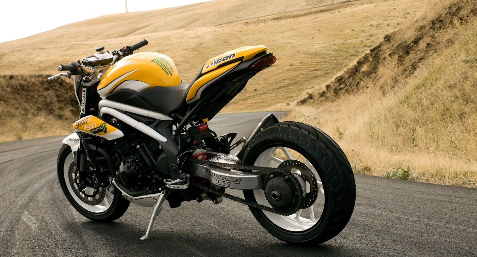 Triumph Speed Triple Overlord Drift Triples by ICON