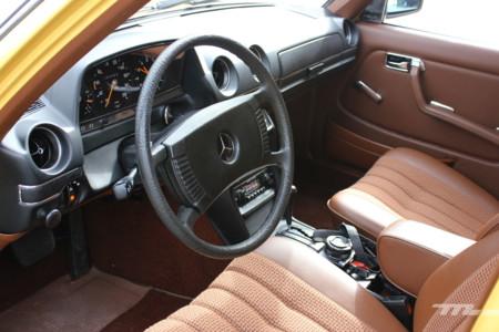 Mercedes Benz 230 226
