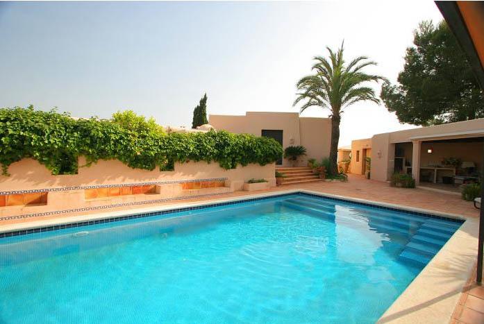Casas de Lujo en España: villa en Ibiza