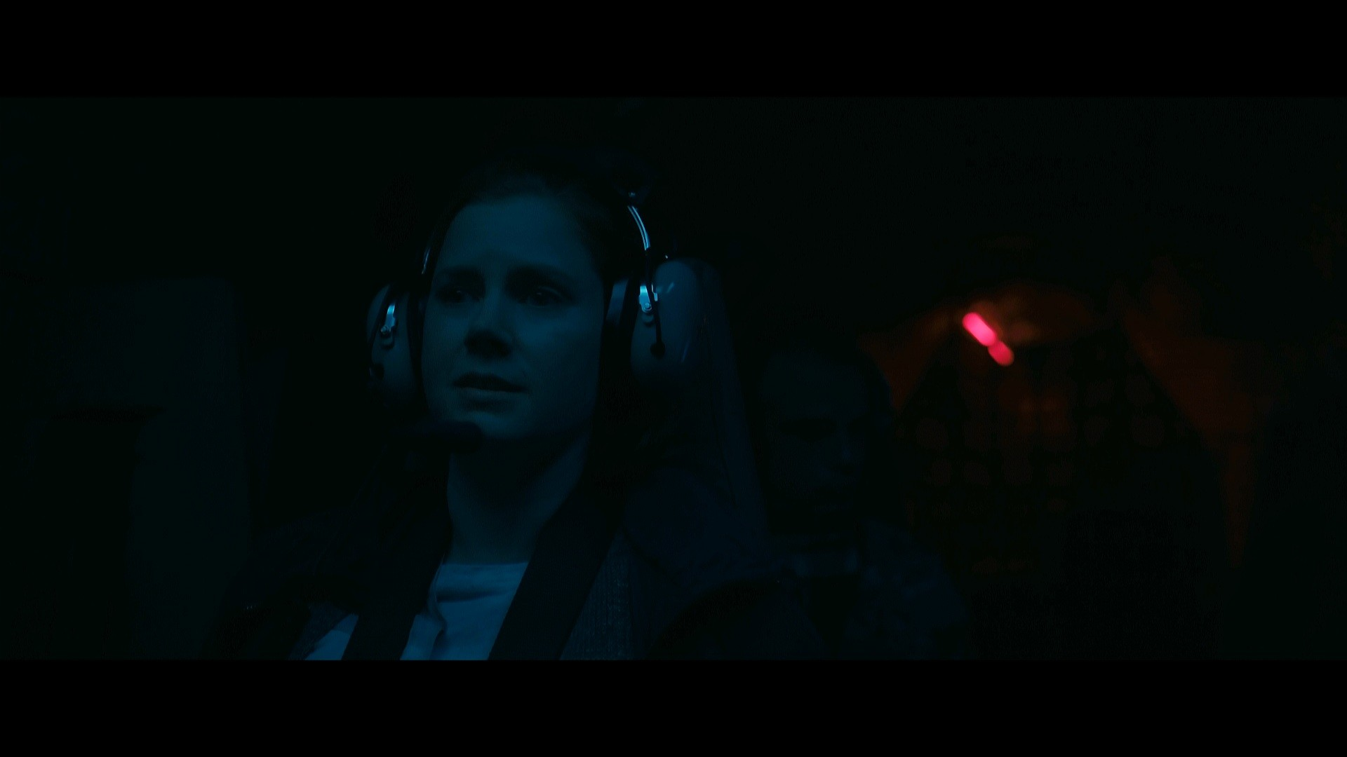 Foto de La llegada comparativa trailer-original (1/6)